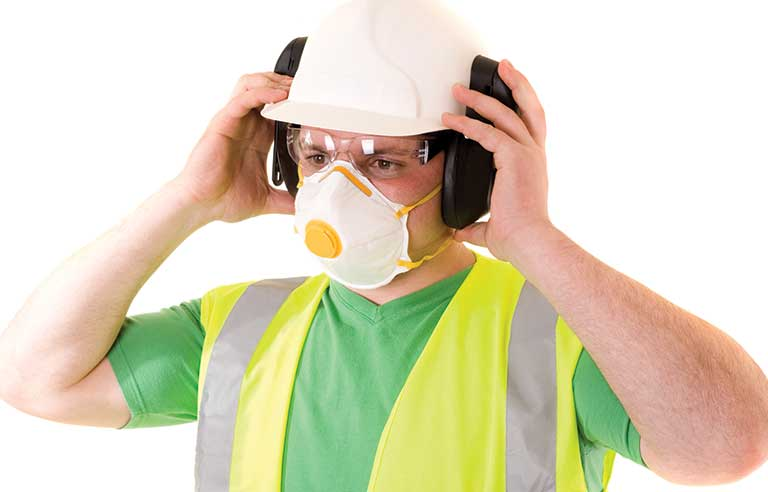 worker-with-mask.jpg
