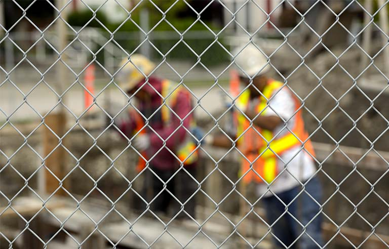 construction-workers2.jpg