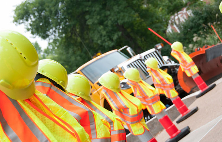 yellow-hard-hats-vest.jpg