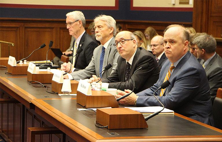 house-committee.jpg
