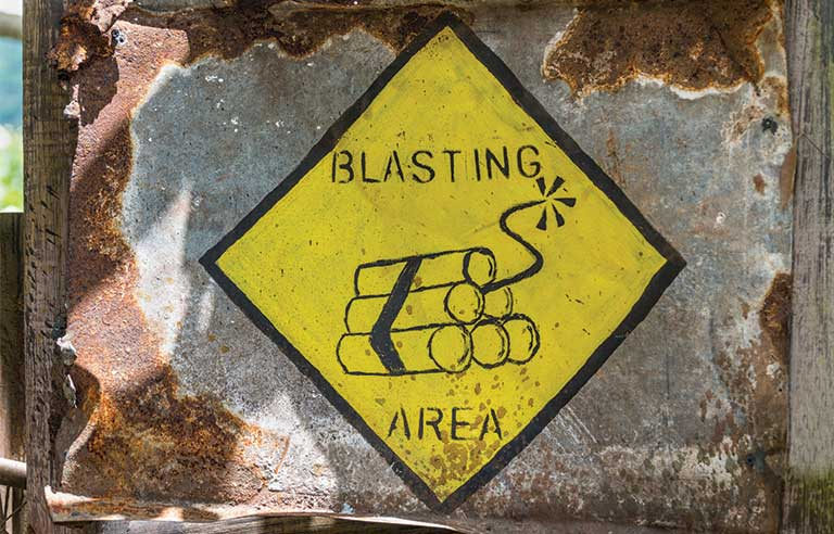 blast-warning-sign