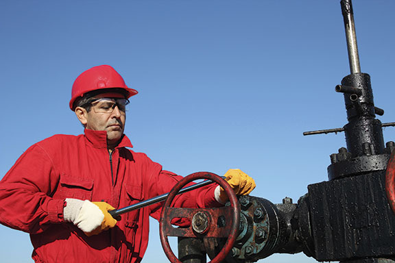 oil-worker-red