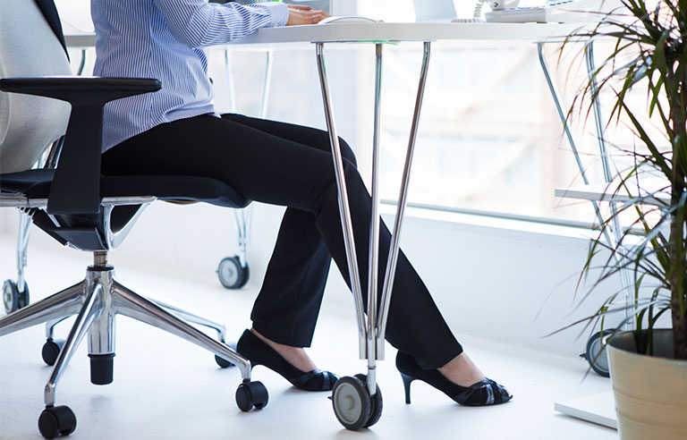 Fidgeting At Your Desk May Burn More Calories Than Using A Standing