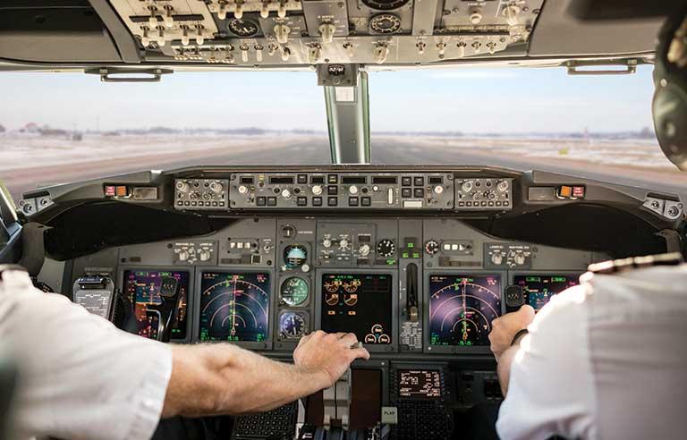 Higher carbon dioxide levels in cockpit affect airline pilot