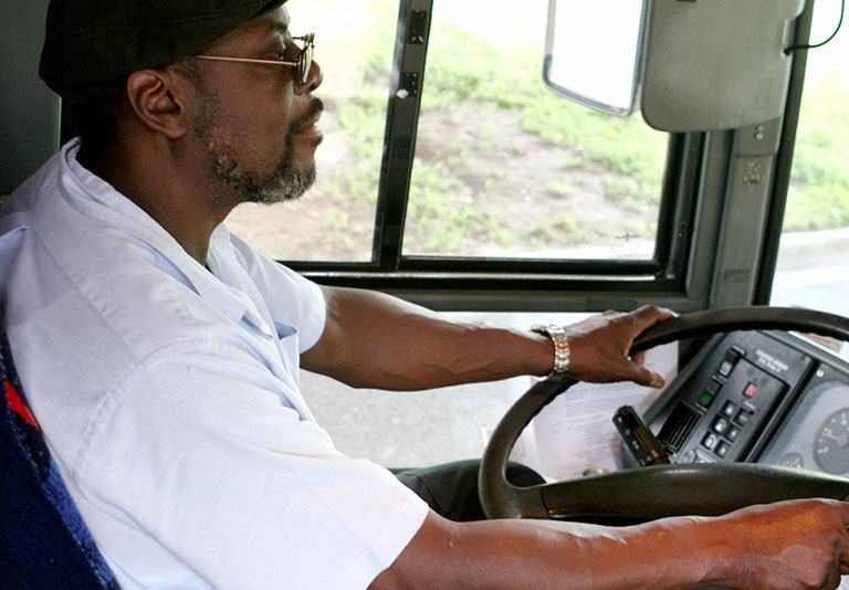 Fmcsa To Develop Minimum Training Standards For Entry Level Cmv Drivers 2016 12 07 Safety