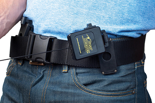Belt holster knives